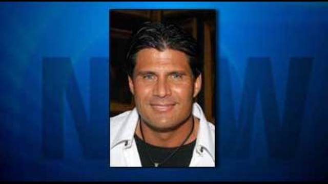 Baseball star Jose Canseco hurt in accidental shooting