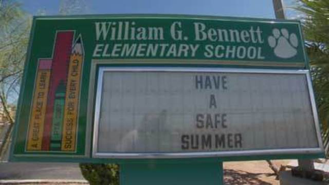 Laughlin residents ask CCSD to fix up only elementary school
