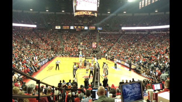 UNLV Defeats Nevada, 66-54