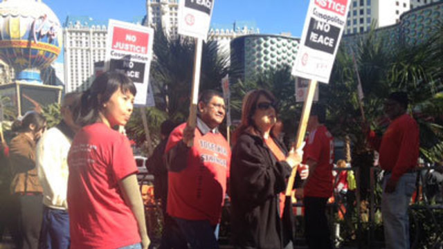 Culinary Union Pickets on Las Vegas Strip
