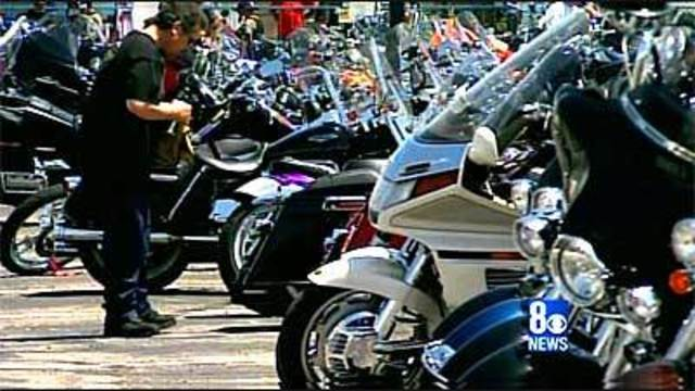 Thousands of Motorcycles Roll into Laughlin