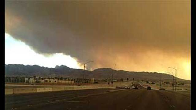 Carpenter Fire Burns 6 Structures, Grows to 25,000 Acres