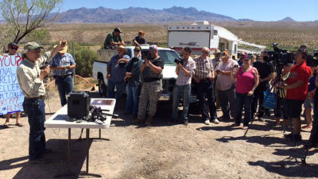 More protesters arriving in Bundy, BLM cattle dispute