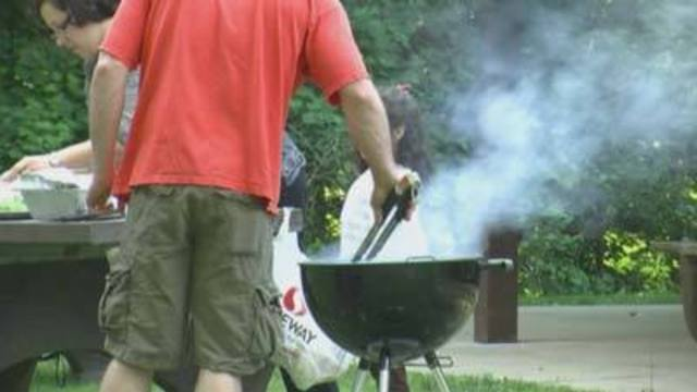 8 on Your Side: Grill brushes could cause health problems