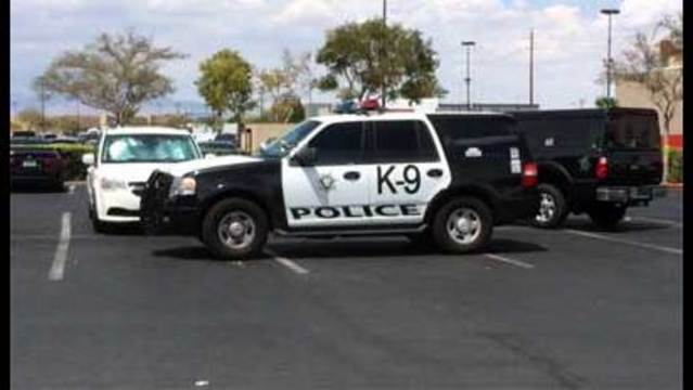 Shoplifting incident turns into barricade situation