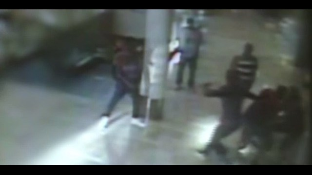 Police release video of mall shooting