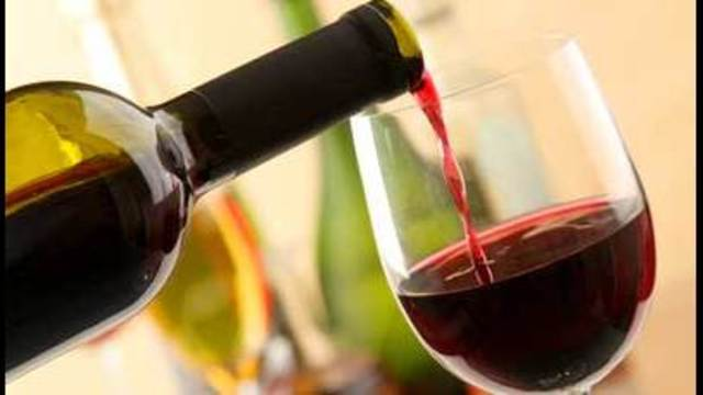 Glass of Wine a Day May Ward Off Depression