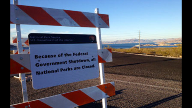 Government Shutdown Forces Lake Mead to Close