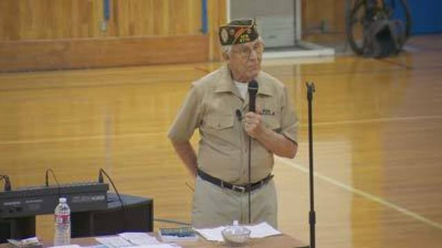 Cool at School: Veteran Shares D-Day Experience with Students