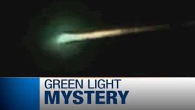 UFO Enthusiasts Intrigued by Mysterious Lights Over Las Vegas