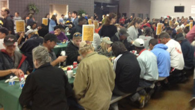 Thanksgiving Dinner Served to Thousands at Charity