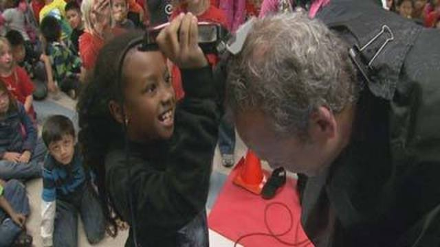 Cool at School: Principal Shaves Head for Reading Achievements