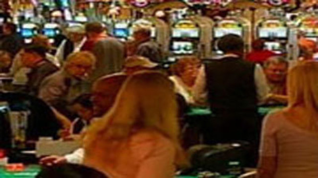 Moody's: Fiscal Cliff Threatens Gambling Industry