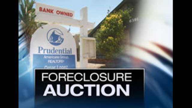 Banks Use Auctions to Unload Foreclosed Homes