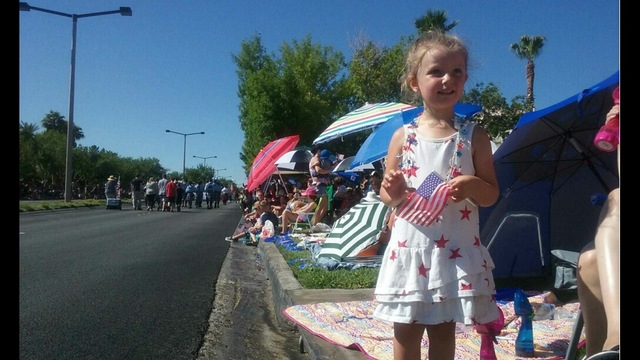 Summerlin Parade draws thousands