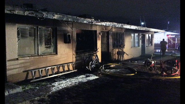 Woman dead, 4 injured in apartment fire