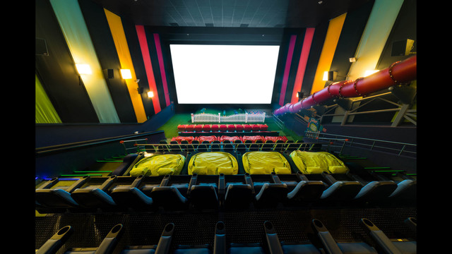 New theater allows children to play during movies