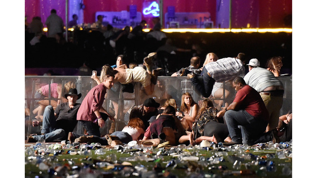 Las Vegas police search for female roommate of gunman