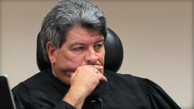 Judge can't use electric shocks 'to enforce decorum,' Texas appeals court rules