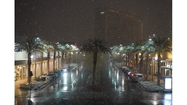 Snow_in_Downtown_Summerlin_from Douglas_Kranz_2_1550732975345.jpg.jpg
